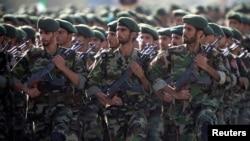ایران کے پاسداران انقلاب اسلامی کی پریڈ، فائل فوٹو