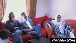 美国穆斯林萨哈克一家通过伊斯兰式贷款实现了买房梦