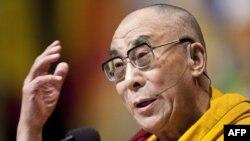 Далай-Лама у Вашингтоні промовляв на галявині перед Капітолієм