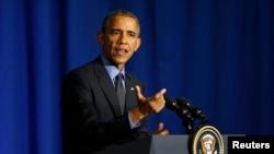 Presiden AS Barack Obama dalam konferensi pers untuk menutup kunjungannya di Paris, Perancis, 1 Desember 2015.