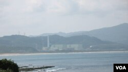 台灣東北部沿海貢寮附近的核四電廠(美國之音申華拍攝)