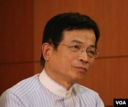 立法院国民党政策执行长赖士葆(美国之音杨明拍摄)