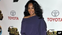 FILE - Singer Jody Watley arrives at the Soul Train Awards in Las Vegas, Nov. 8, 2012.