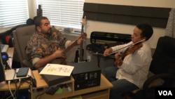 Eddy Marcano, violinista y director de orquesta y el gaitero Nano Silva se unen para promover los sonidos venezolanos.