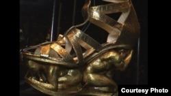 نمایشگاه علاقه شدید به کفش در موزه نیویورک