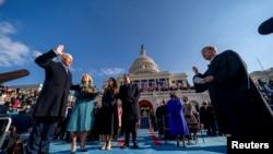 拜登2021年1月20日宣誓就任美國第46任總統(路透社轉發媒體聯訪照片)