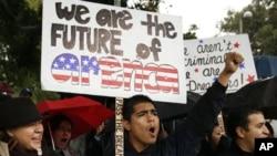 加州无身份学生18号集会呼吁通过梦想法案