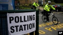 英國選民星期四舉行下議院選舉投票。