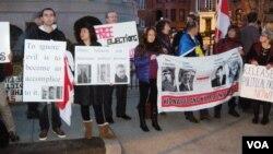 Пикет у посольства Беларуси. Вашингтон, 19 декабря 2013г.
