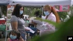 Người tình nguyện thử nghiệm vaccine COVID-19 tại Takoma Park, Maryland, ngày 9/9/2020.