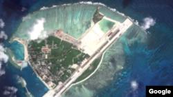 Foto de satélite de Woody Island, donde el ejército chino ha desplegado misiles antiaéreos.
