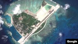 Ảnh vệ tinh cho thấy các công trình xây dựng gần đây của Trung Quốc trên đảo Phú Lâm.