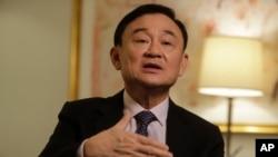 탁신 친나왓 태국 전 총리가 9일 뉴욕에서 미국 AP 통신과 가진 인터뷰에서 발언하고 있다.
