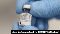 Amostra da vacina COVID-19 da Pfizer/BioNTech