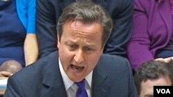 PM Inggris David Cameron saat memberikan keterangan di hadapan parlemen Inggris (20/7).