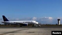 Un avion de Cyprus Airways se prépare à décoller de l'aéroport de Larnaka le 9 janvier 2015.