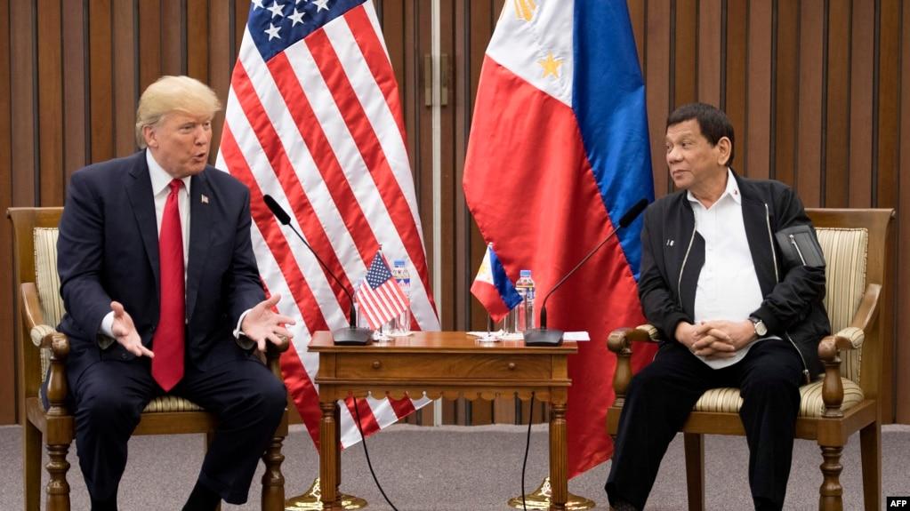 川普與杜特爾特2017年11月13日會晤(法新社)