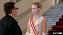 Nicole Kidman hace el papel de Grace Kelly, la artista convertida en reina de Mónaco.