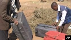 Malas com liamba apreendidas pela polícia