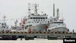 中國早前在三亞派往搜救的船隻