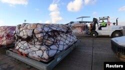 12月15日﹐聯合國人道主義援助的救援物資抵達巴格達以北大約220英里的埃爾比勒機場。