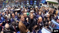 На фондовых рынках США возобновилось падение