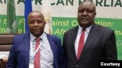 Nhengo dzeparamende yePan African Parliament VaPupurai Togarepoi naIshe Fortune Charumbira, avo vakafanobata chigaro chasachigaro wePAP.