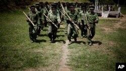 Các binh sĩ của Đạo quân Độc lập Kachin (ảnh tư liệu)