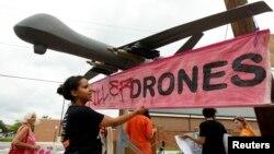 """A pesar de dudas """"que algunos ciudadanos tienen"""" el presidente Obama defendió la utilización de """"drones"""" en operaciones militares fuera de EE.UU."""