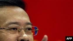 Phát ngôn viên Bộ Ngoại giao Trung Quốc Mã Triêu Húc nhắc lại lập trường cố hữu của chính phủ Trung Quốc rằng 'tự do Internet ở Trung Quốc được luật pháp đảm bảo'