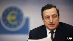 Ông Mario Draghi nói các chỉ số kinh tế mới đây cho thấy có dấu hiệu ổn định trong khối 17 quốc gia sử dụng đồng euro