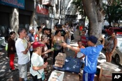 La escasez de alimentos se agudizó tras el apagón que comenzó el pasado jueves 7 de marzo de 2019 en Venezuela.