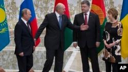 Владимир Путин, Александр Лукашенко, Петр Порошенко и Кэтрин Эштон. Минск, Беларусь. 26 августа 2014 г.