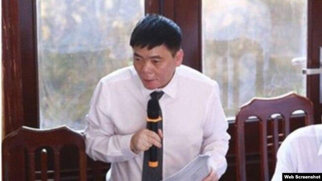 LS Trần Vũ Hải. Photo Báo Tuổi Trẻ