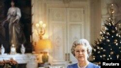 گزارش تصویری: ملکه الیزابت ۹۰ ساله شد