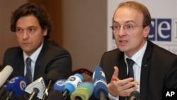 24일 벨라루스 총선을 비판한 유럽안보협력기구(OSCE) 관계자들.