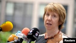 Kepala Kebijakan Luar Negeri Uni Eropa Catherine Ashton (foto: dok). Uni Eropa mempertimbangkan dana 1,27 milyar dolar untuk menangani Ebola.