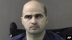 Bojniku Nidalu Hassanu suđenje je počelo prije desetak dana