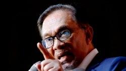 မေလးရွား၀န္ႀကီးခ်ဳပ္ကိုျဖဳတ္ခ်ဖို႔ အတိုက္အခံေခါင္းေဆာင္ Anwar Ibrahim ႀကိဳးပမ္း