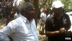 Líder da RENAMO, Afonso Dhlakama Gorongosa no centro de Moçambique