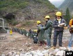 无止桥慈善基金会在中国内地建桥