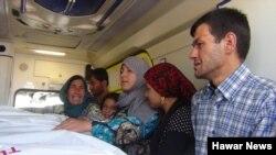 Thi thể của Alan Kurdi được gia đình đưa đi chôn cất