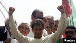 تحریک انصاف کے چیئرمین عمران خان
