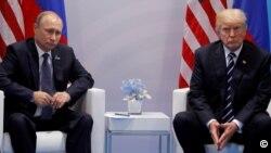 Дональд Трамп и Владимир Путин (архивное фото)