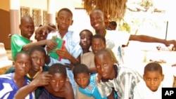 Malanje: falta de registo de nascimento impede muitas crianças de irem à escola