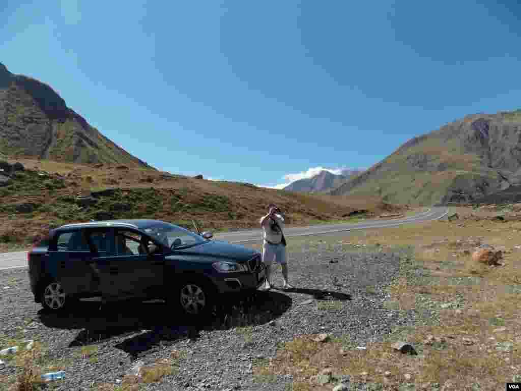 Мирные пейзажи военно-грузинской дороги