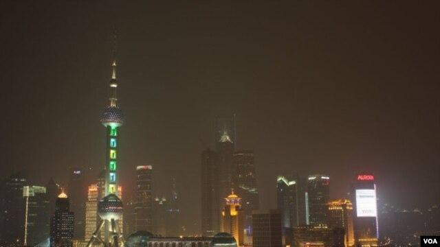 Nhà chọc trời ở Thượng Hải (ảnh tư liệu)