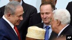 یکی از معدود دیدارهای عباس و نتانیاهو در سال ۲۰۱۵