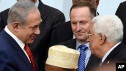 以色列總理內塔尼亞胡(左)與巴勒斯坦總統阿巴斯(右)(資料照片)