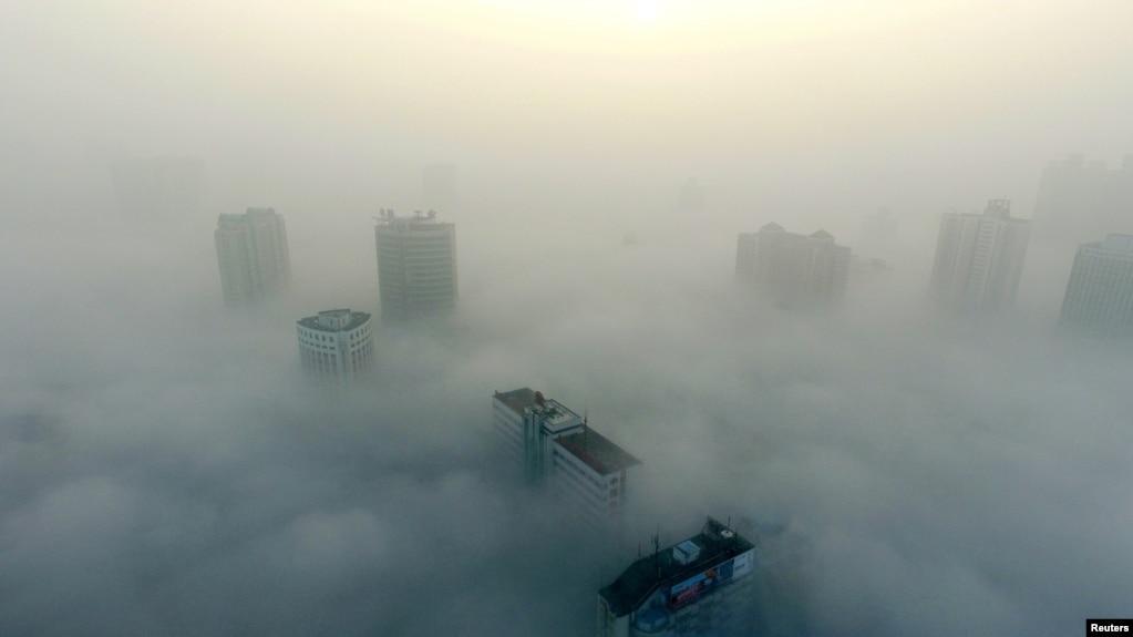 Nhiều siêu thành phố trên thế giới tiếp tục cuộc chiến chống ô nhiễm không khí mà hầu hết phát ra từ khói bụi ô tô, xe máy